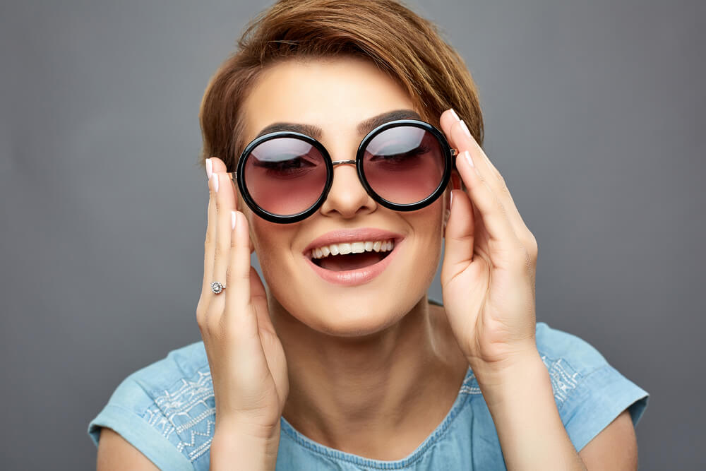 Choose the Right Sunglasses for Your Face Shape